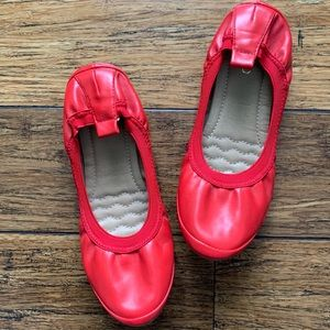 Shoes - Red Cushioned Bendable Flats
